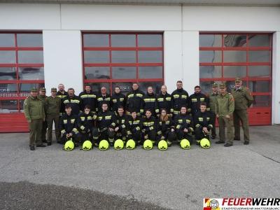 Branddienstleistungsprüfung von 2 Gruppen erfolgreich absolviert